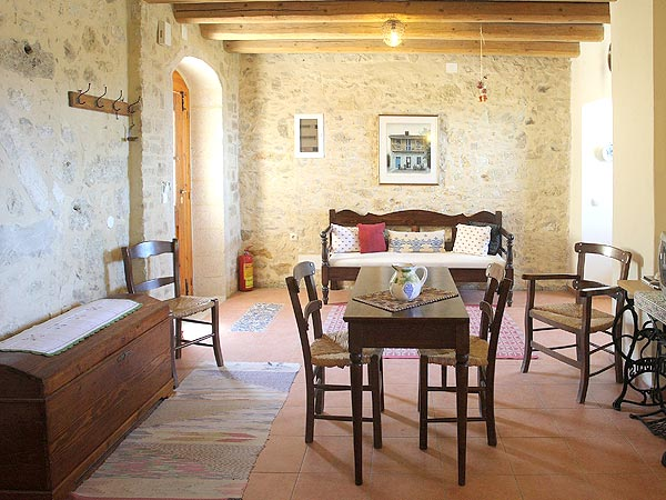 Cretan mezzanine. Rural hotel. Heraklion. Road to south Crete